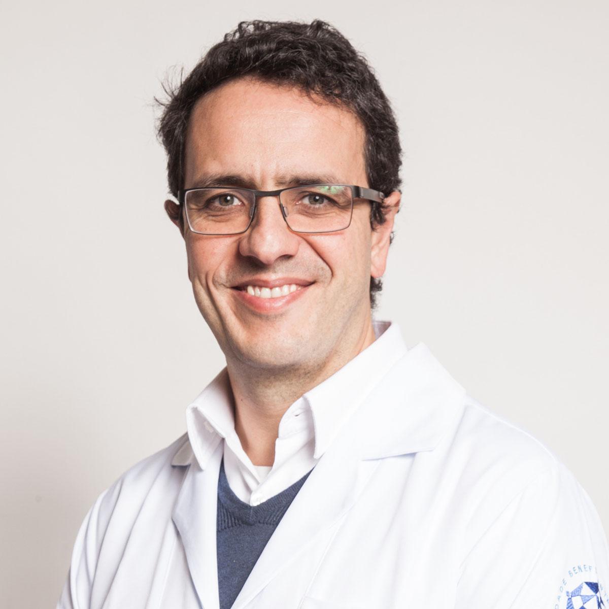 Dr. Daniel Neves Forte