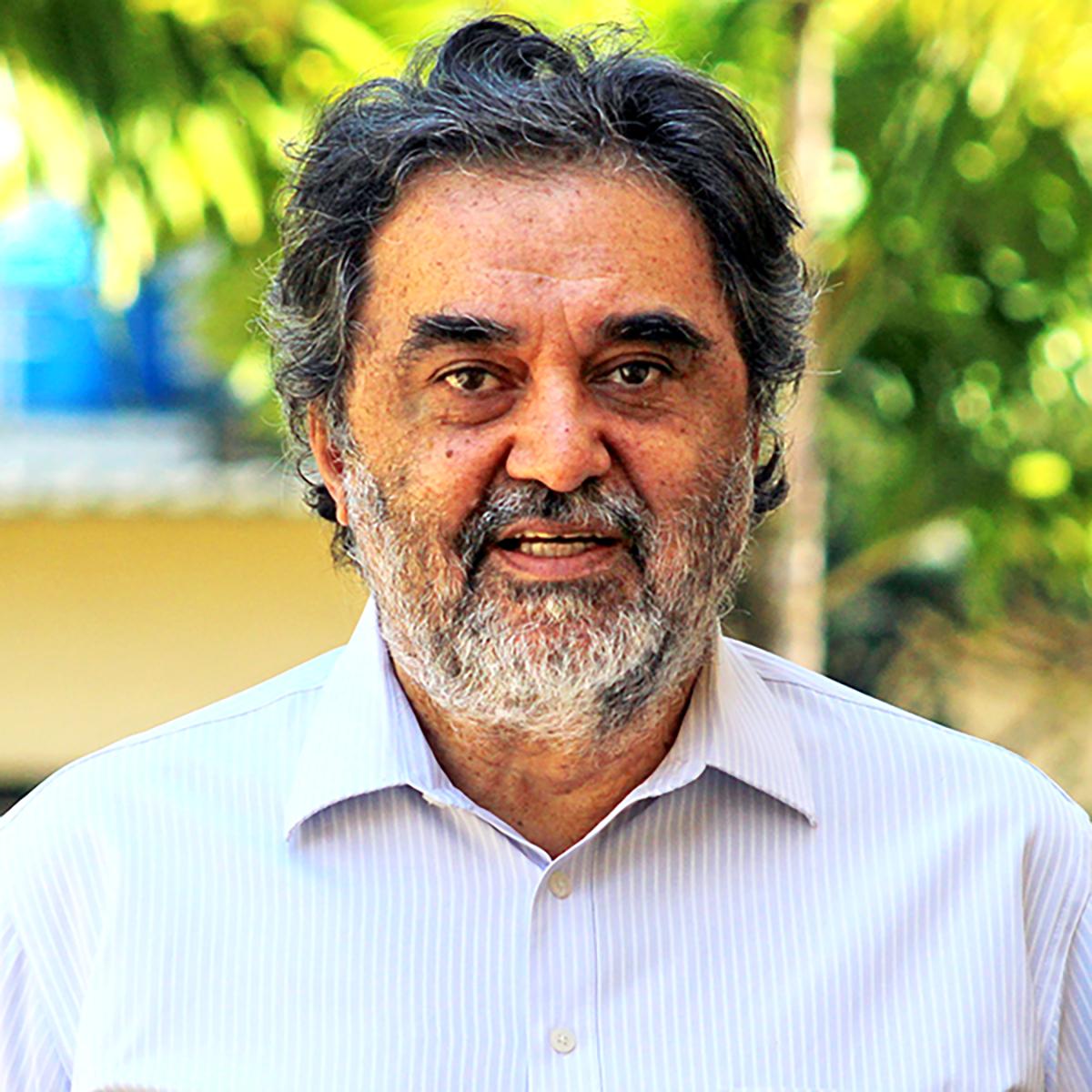 Dr. Samir Salman