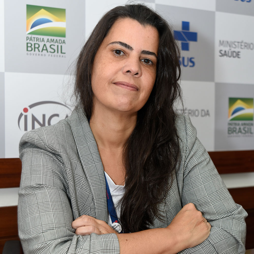 Dra. Renata de Freitas