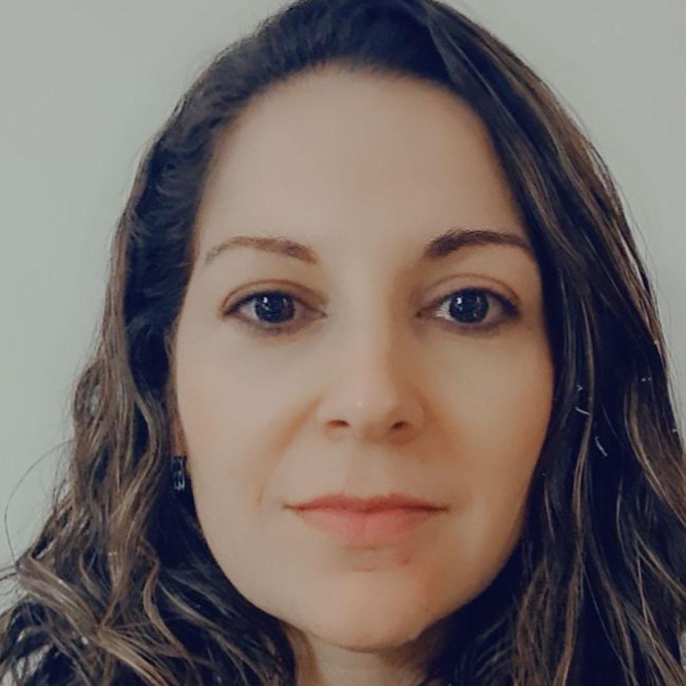 Dra. Rebeka de Paschoal Silva